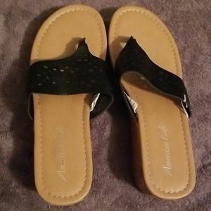 American Eagle black and tan wedge sandals